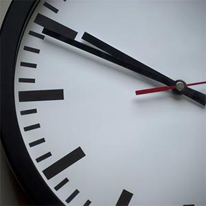 Uhr ticken lassen mit PowerPoint