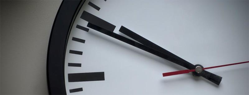 Eine tickende Uhr mit PowerPoint gestalten